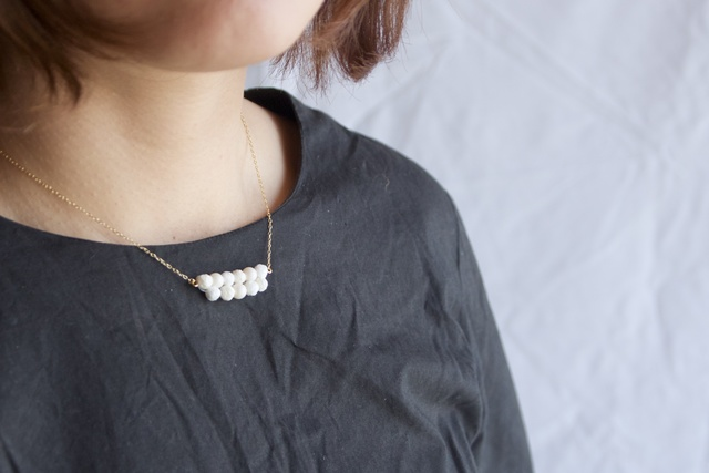 糸素材: いちるの実、ネックレス