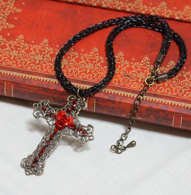 十字架と薔薇のチョーカー(アンティーク...