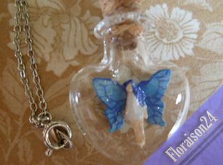 『ハートの小瓶の妖精』(コバルト)