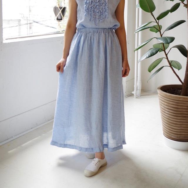 <ラスト1着>リネンシャンブレーのギャザーロングスカート(ice blue)