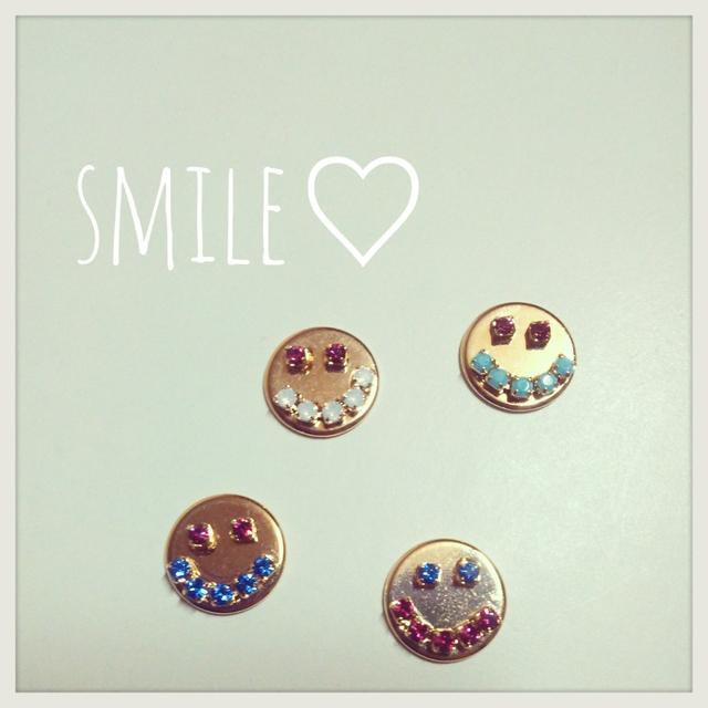 SMILE?pierce&earring