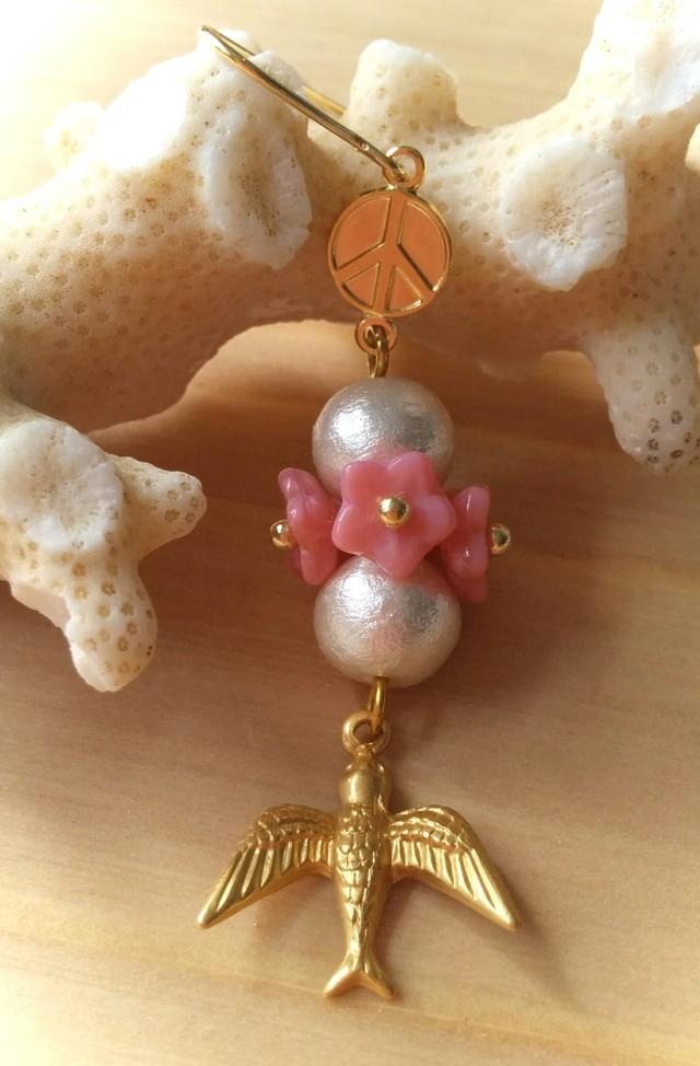 *片耳用*Peace Flower ピアス (pink)