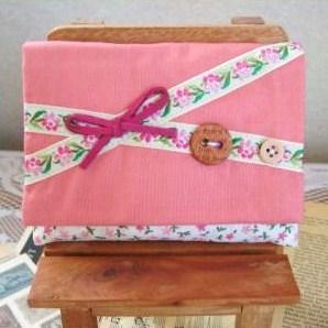 2つ折りティッシュケース ピンク&花柄
