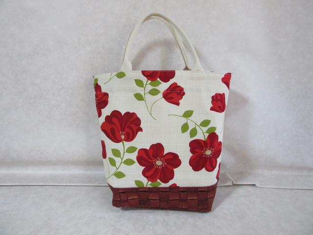 北欧風赤い花バッグ