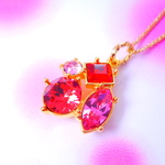 sparkle quad colors flamingo red ! gold color chain スワロフスキーチャームネックレス