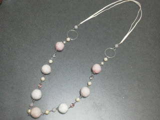 羊毛ネックレス(さくら)