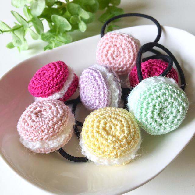 ふわっと手編みマカロンのヘアゴム
