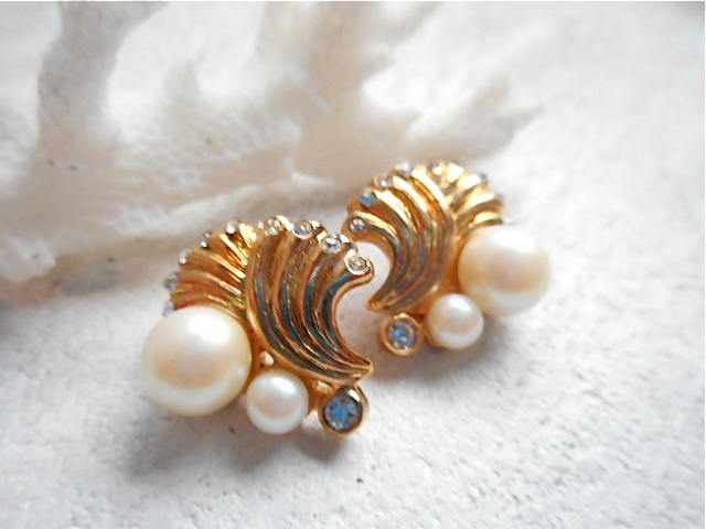 Mermaid's little shell earrings