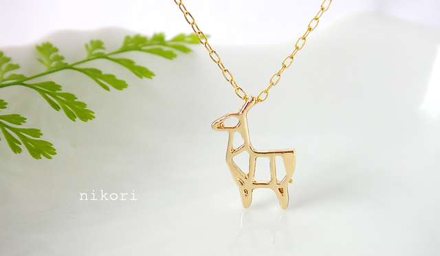 Geometric-Deer necklace
