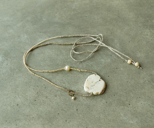 【送料無料】ラフロックのネックレス