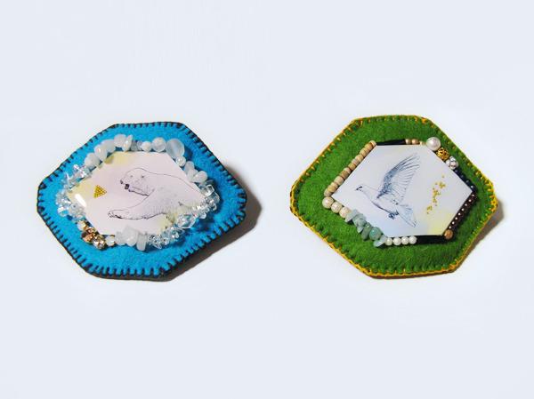 北極熊と鳩の刺繍バレッタ