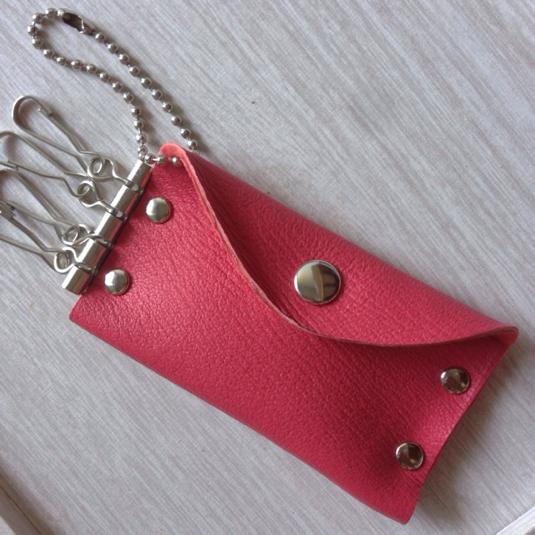 可愛い!本革 キーケース コインケース 一体型 アンティーク ピンク