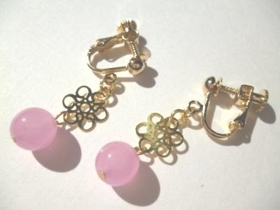 カルセドニー・メタルパーツのイヤリング