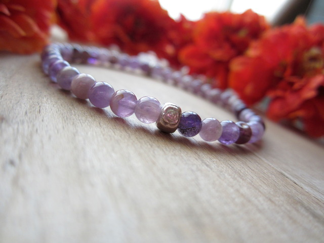 Mix Amethyst Stretch Bracelet.
