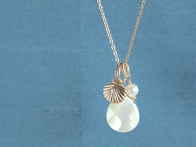 14KGF Drop Shell Necklace WH