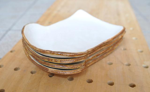 食パンの皿4枚セット(送料無料)(レ...