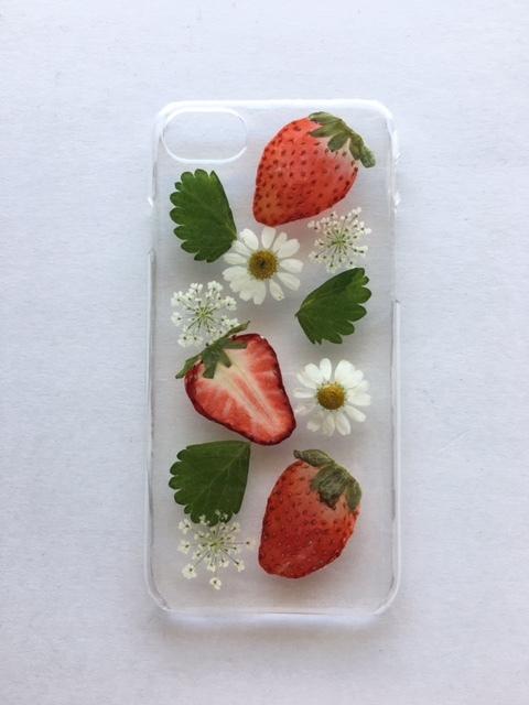 iphone7/6/6S  いちごの押し花スマホケース