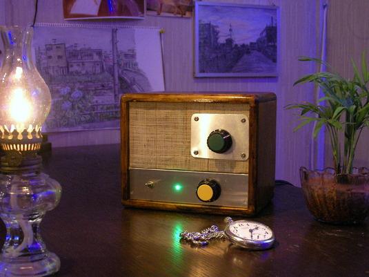 レトロミニラジオ
