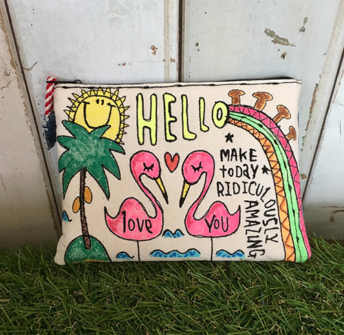フラミンゴ刺繍ポーチ