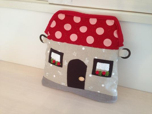 赤い屋根のお家バッグ