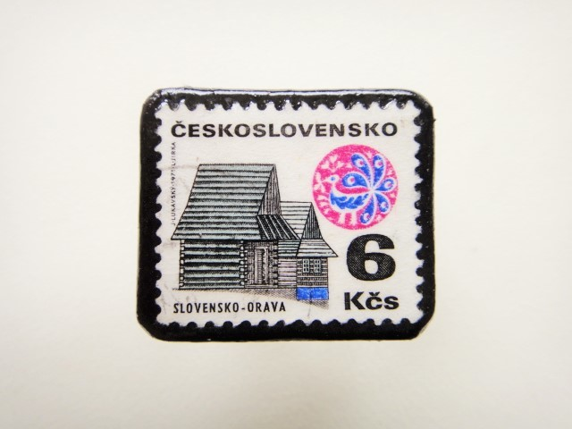 チェコスロバキア 切手ブローチ2493
