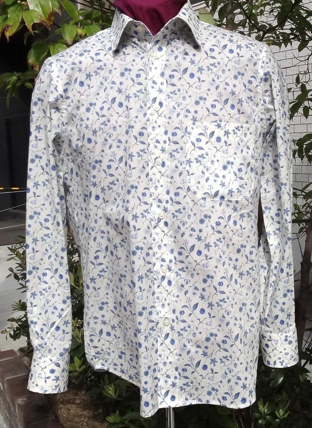 素敵なブルー小花模様メンズシャツ送料無料