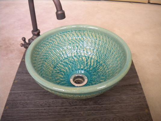 ブルーガラスやつれ手洗い鉢