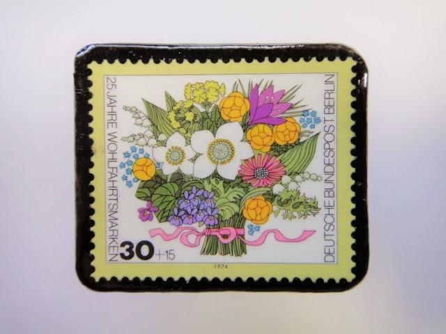 ドイツ 花束切手ブローチ2500