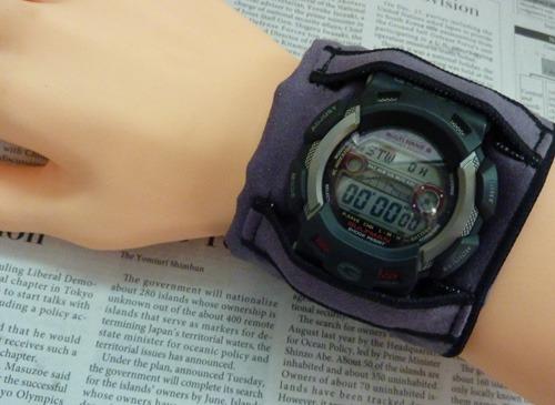 腕時計のバンド用汗とりアームハンカチプラス(アスリート・黒)