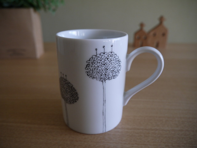 アリウムのマグカップ(モノトーン)