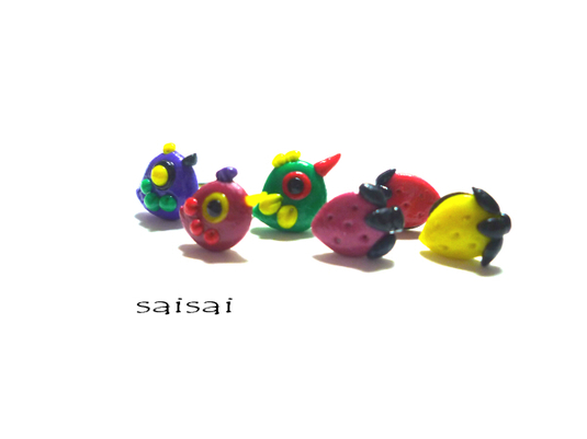 カラフル鳥ピアス