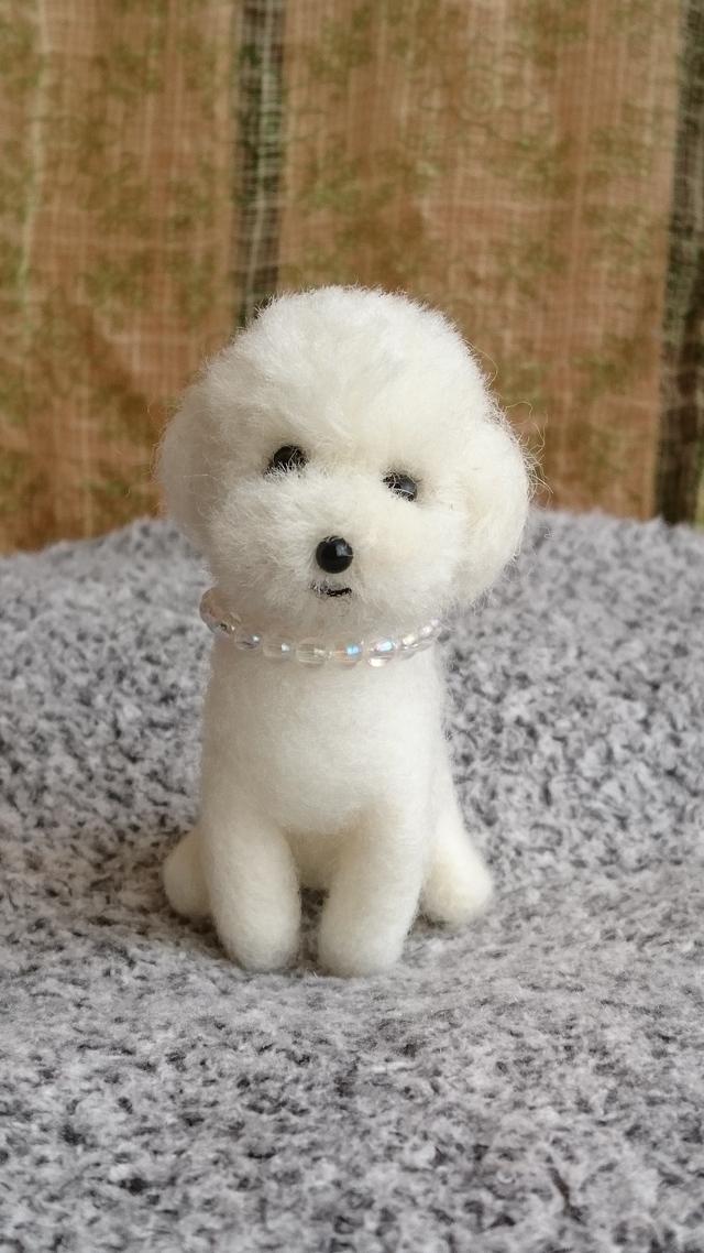 羊毛フェルト トイプードル (白色)