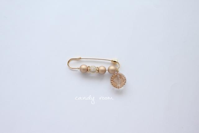 071 brooch pin BE