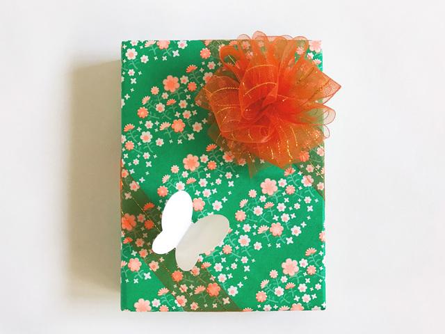 包み紙ーお花畑