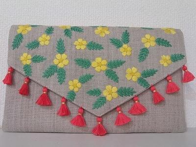 お花の刺繍クラッチバッグ 送料無料 ...