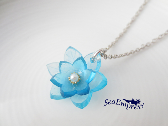 水色の花ネックレス(シルバー)