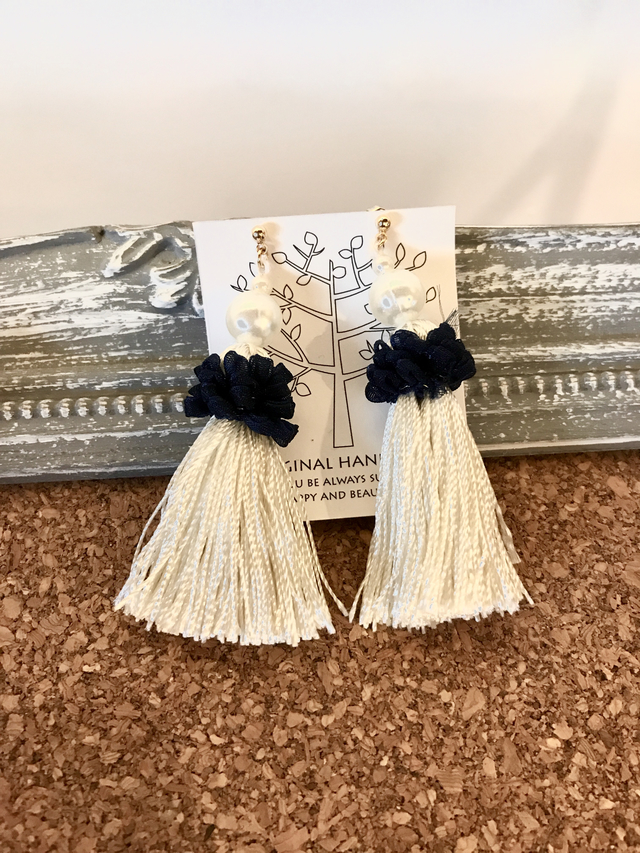 Perl&tassel    pierce(white)