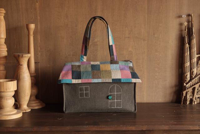 OUCHI box bag L   グレーブラウン+モ...