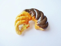 French Cruller/かじりかけ