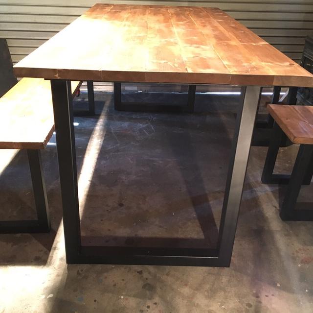 アイアンダイニングテーブル角パイスツールベンチセット