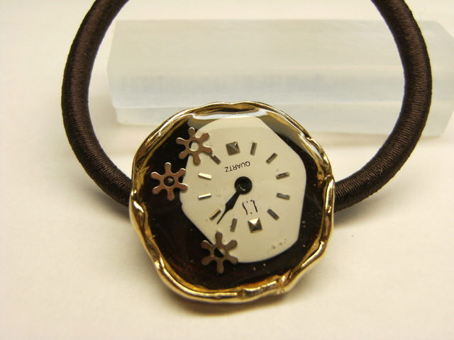時計ヘアゴム