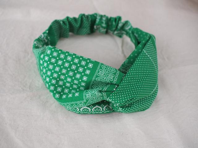 248 緑のバンダナヘアバンド