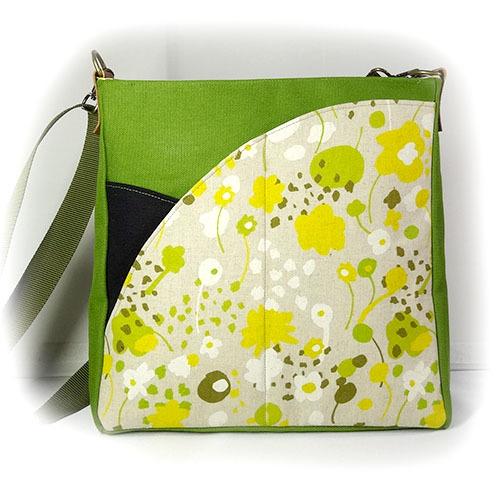 野の花のショルダーバッグ