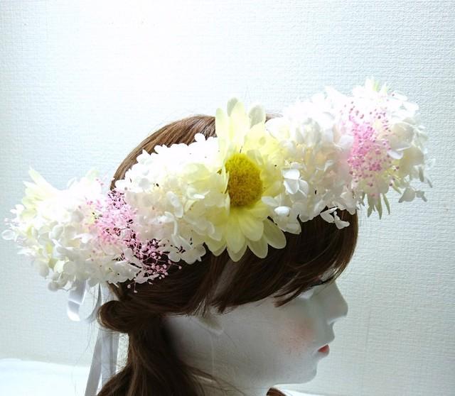 レモンイエローの花冠