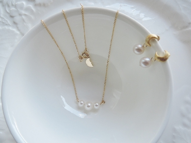 ☆14kgf☆淡水パールネックレス&三日月ピアス(505)
