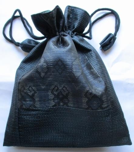 送料無料 藍大島紬で作った巾着袋 2...
