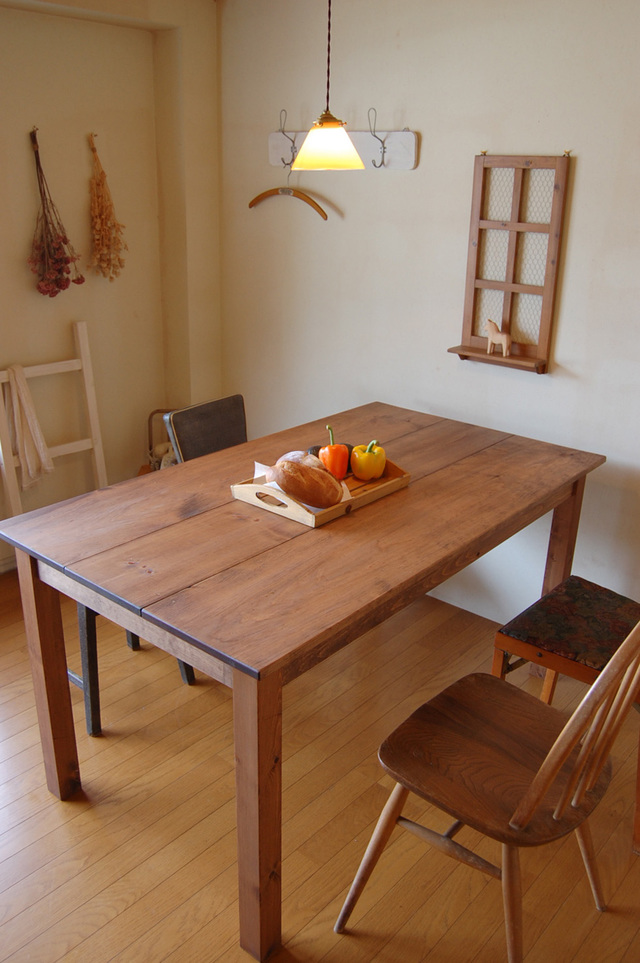 Comfort dining table 14*7