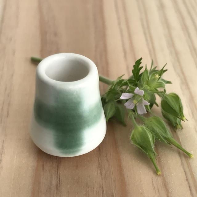 ミニチュア陶器☆花入 緑のクロス
