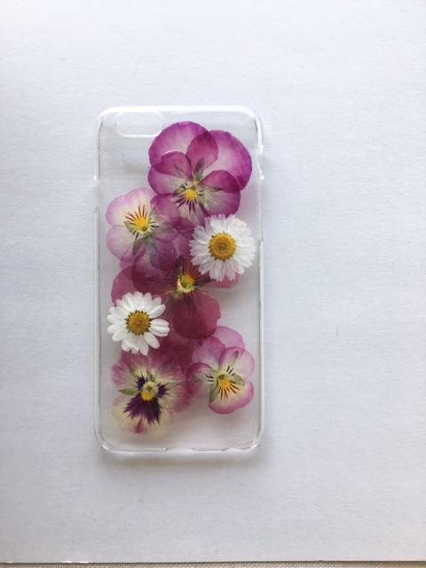 iphone6/6s用 ビオラの押し花スマホケース