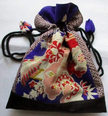 送料無料 絞りと花柄の着物で作った巾...